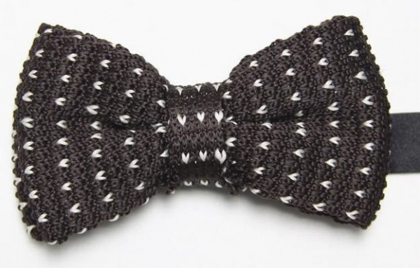 Brown Knitted Bow Tie With White Pattern With Free And Fast Uk