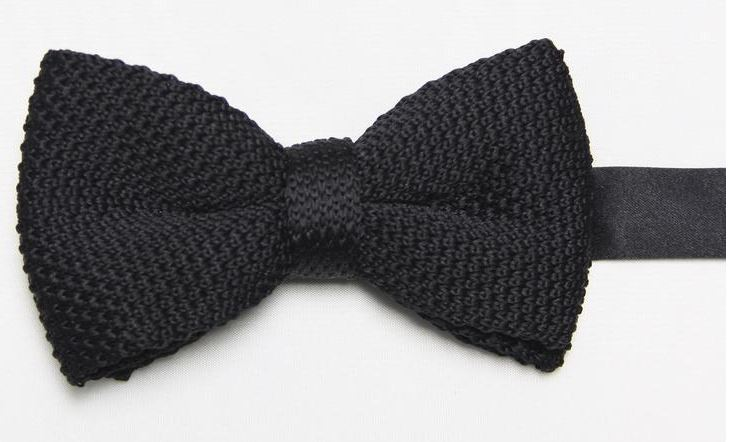 Black Knitted Bow Tie