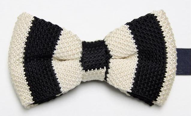Cream and Black Thick Striped Knitted Bow Tie